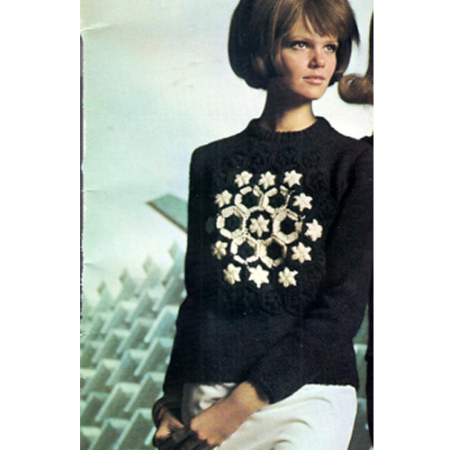 Nantuck Knitting Worsted Pullover Pattern with Flower Motif