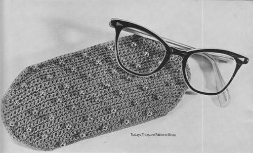Bernat Beaded Eyeglasses Case Crochet Pattern