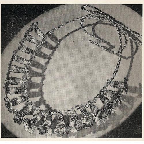 Crochet Flower Necklace Pattern, Vintage 1950s