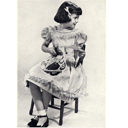 Free Crochet Ruffled Edging Pattern for dresses.