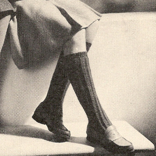 Vintage Knitted Knee Length Socks Pattern