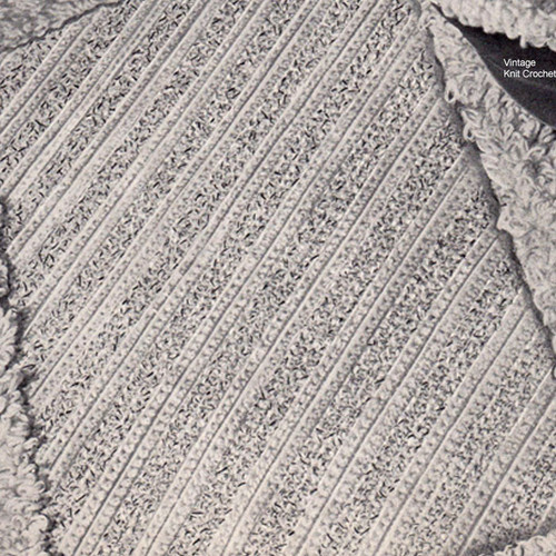Bathroom Rug Crochet Pattern with Loop Stitch Border