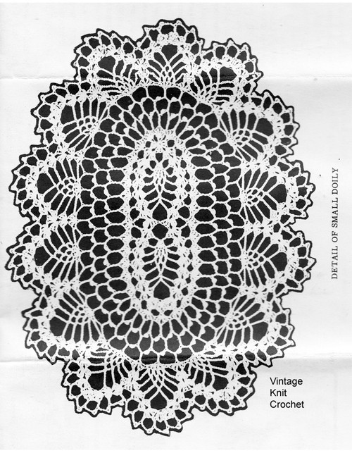Small Oval Pineapple Doily pattern, Laura Wheeler 901