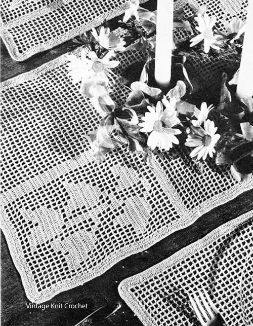 Vintage Filet Tulip Runner Pattern