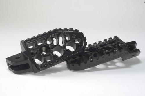 BDCW - Footpegs - Platform (BMW R1200GS-OC, F800GS, F700GS, F650GS Twin, R1150GS)