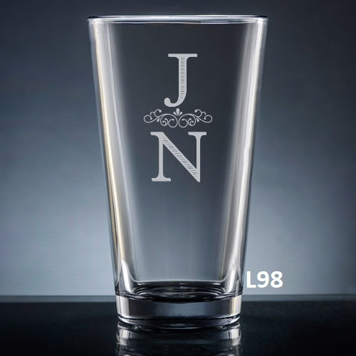 Pareja Pint Glass- 5 fonts