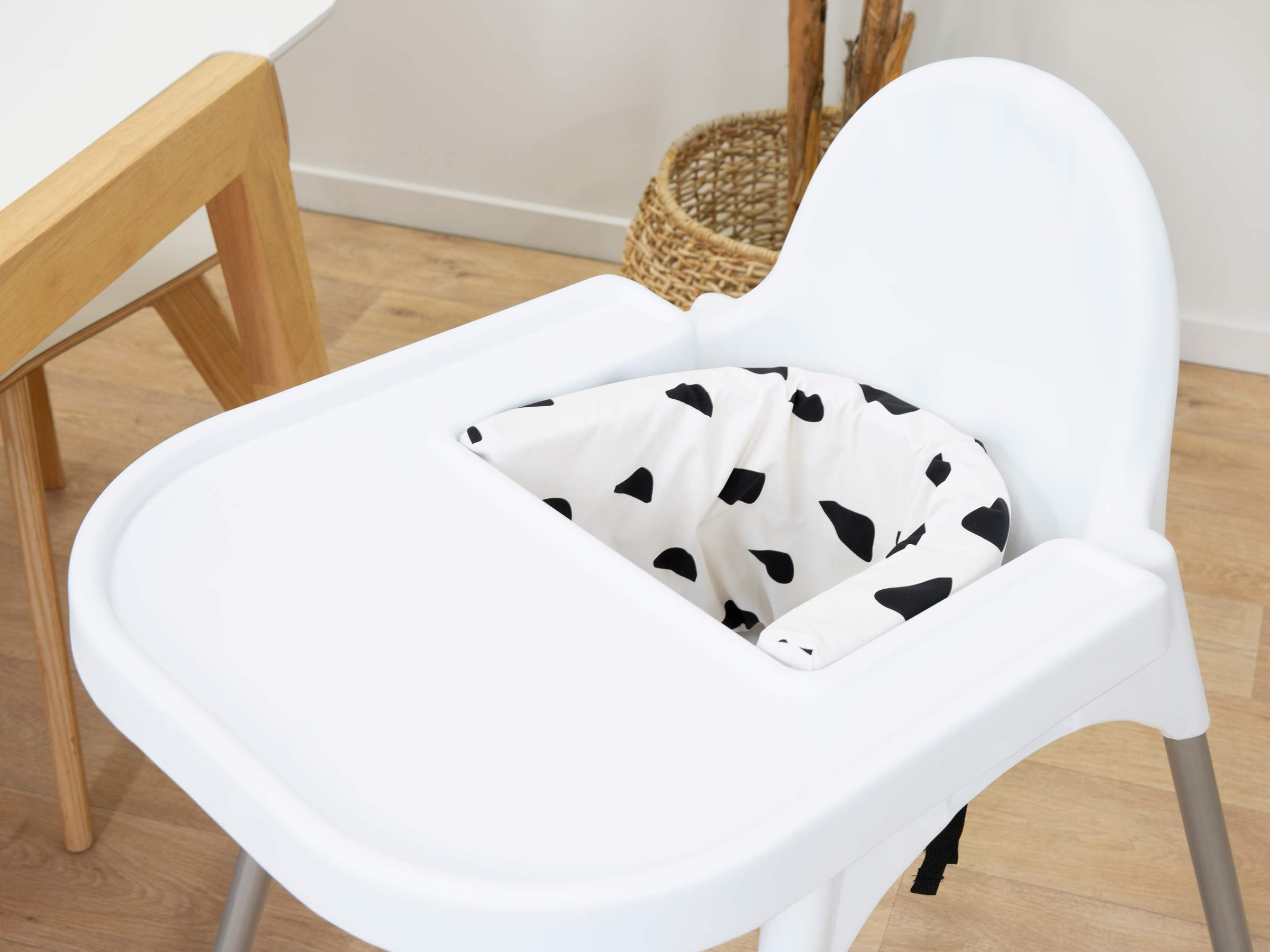 Designer Highchair Insert Cover - Monochrome Drops