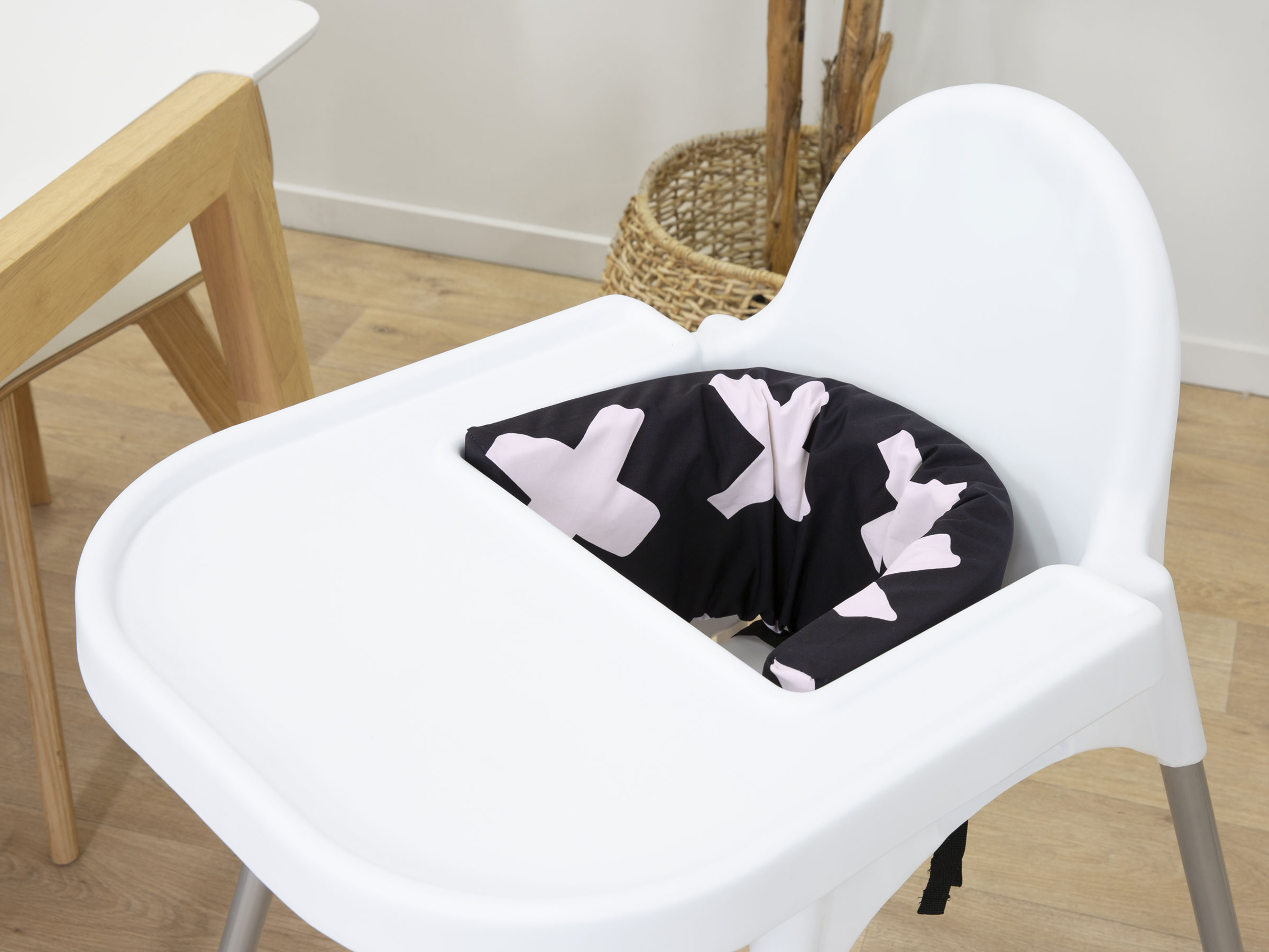 Designer Highchair Insert Cover - Powder Pink Cross