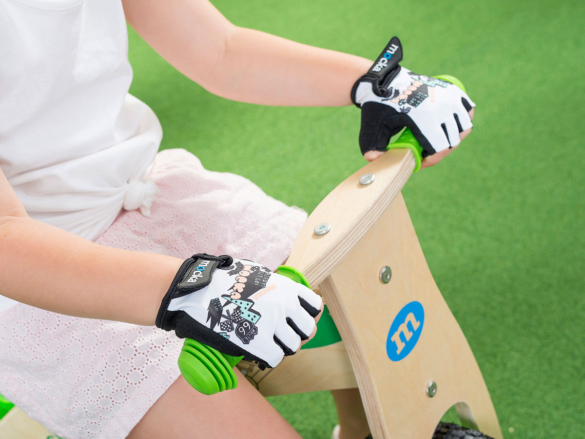 Kids Bike Gloves - White