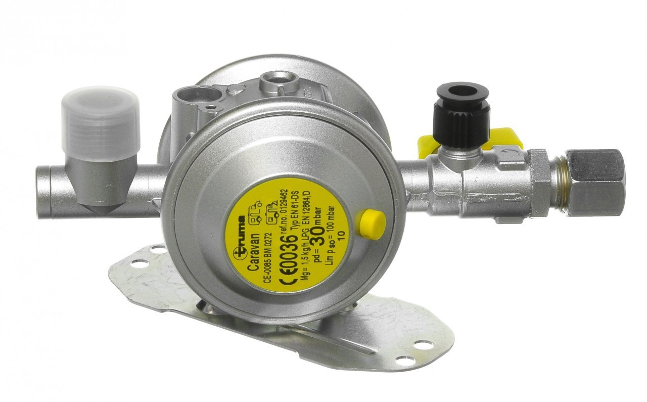 Bulk Head Regulator is suitable for butane gas and features pressure protection, an integrated elbow joint to reduce any residual oil blockages and comes complete with a test point.
