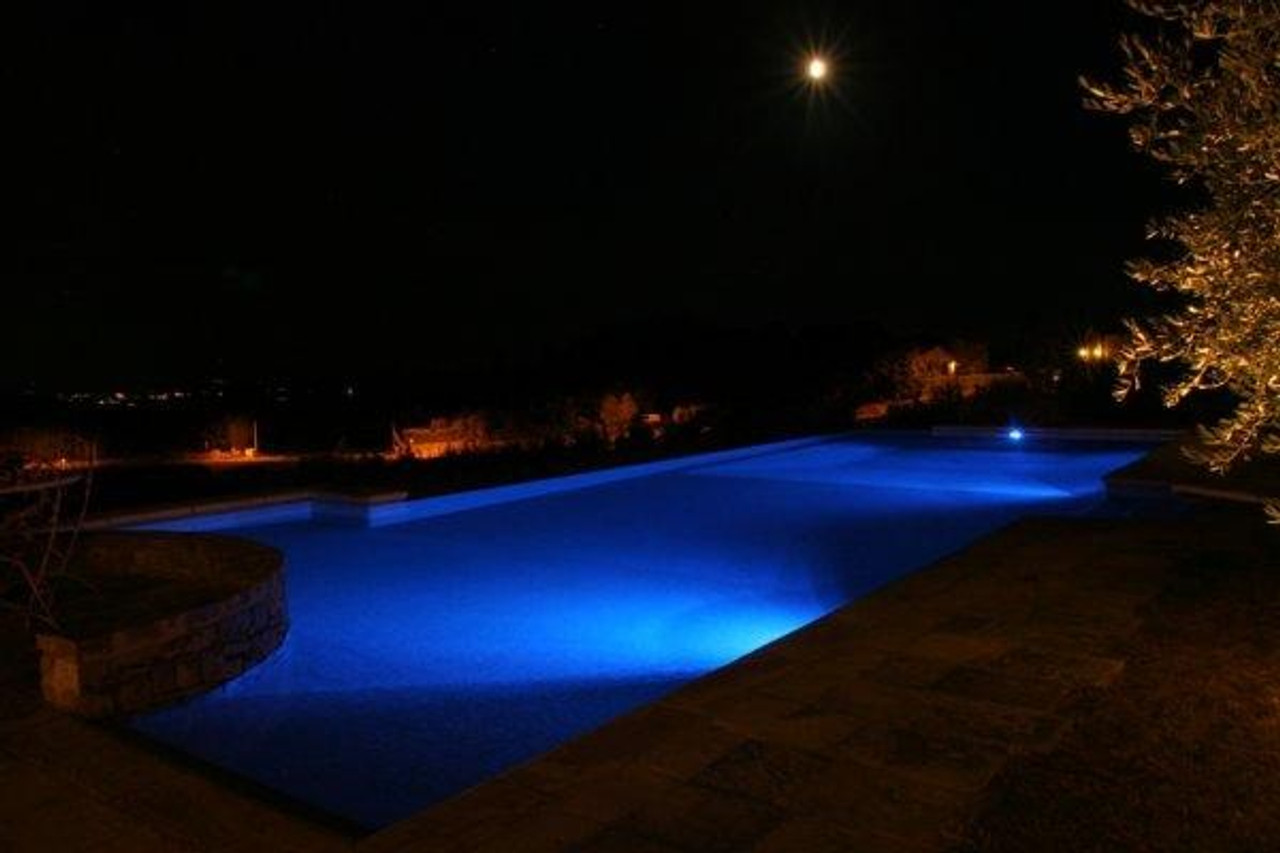 Royal blue light