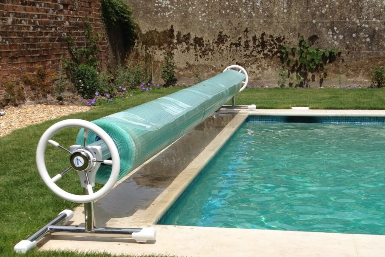 Monaco Deluxe mobile swimming pool reel system