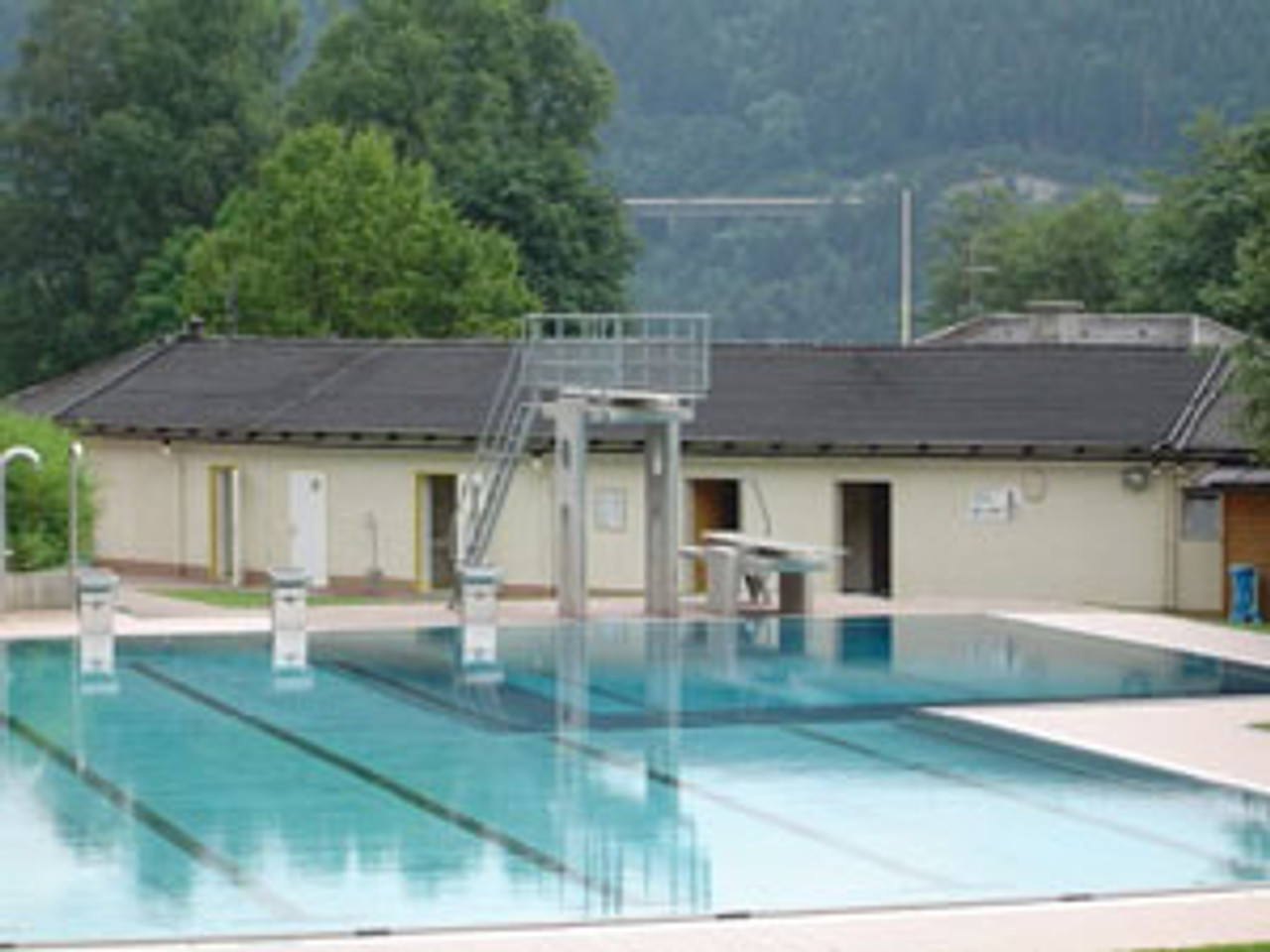 Commercial use for swimming pool solar matting