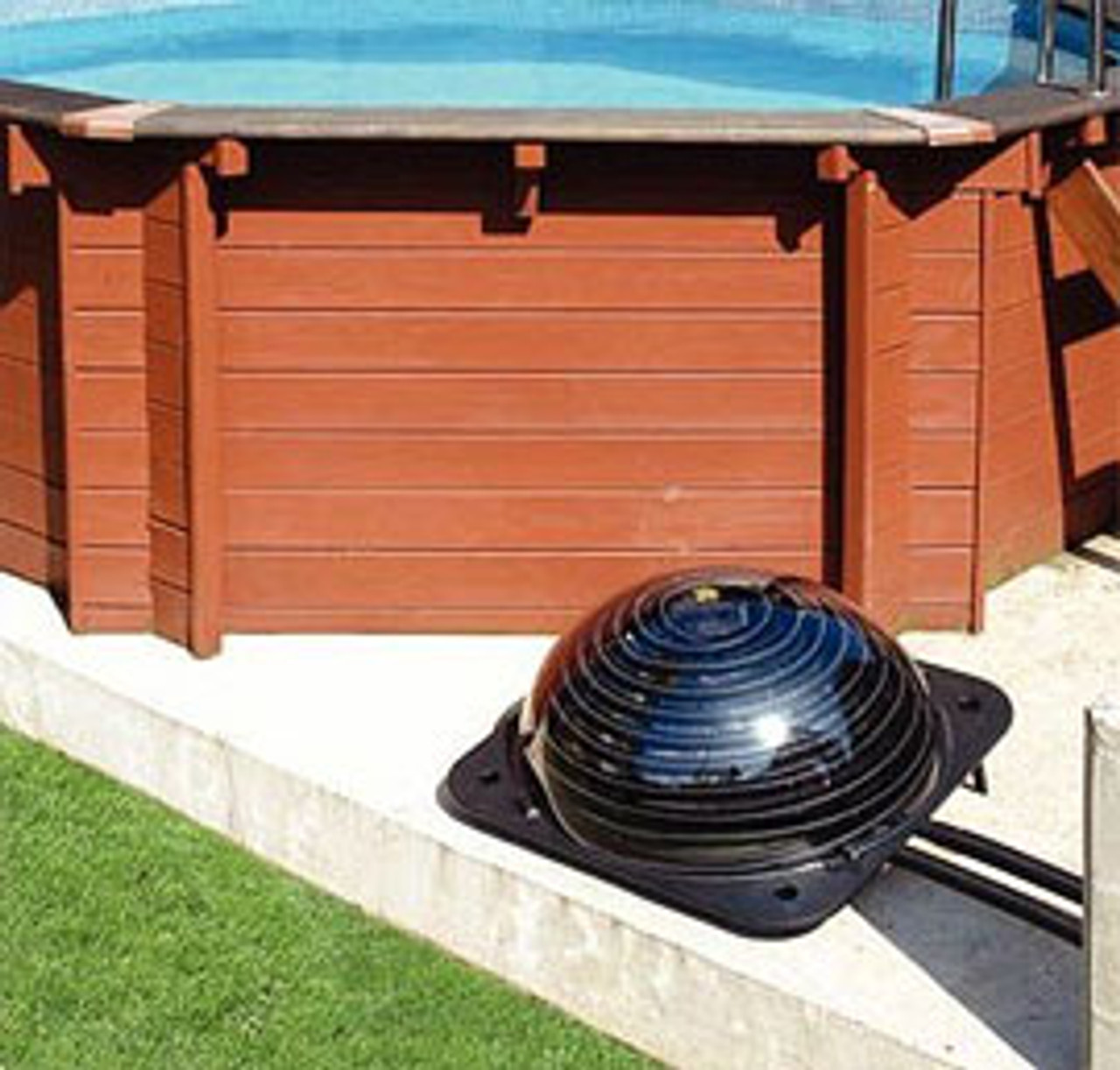 An installation example of the Swimming Pool Solar Heating Pod Plus.