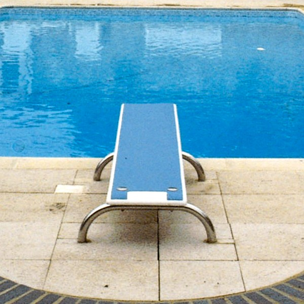 Kestrel Swimming Pool Diving Board with Stainless Steel Stanchions