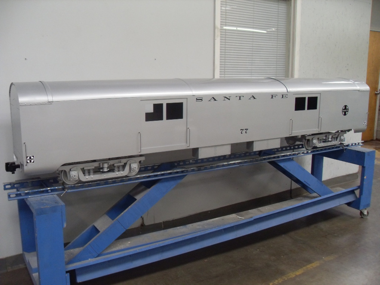 Baggage Car Body, Smooth (Assembled)