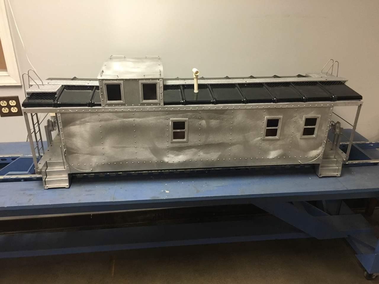 End Cupola Caboose Body (Kit)