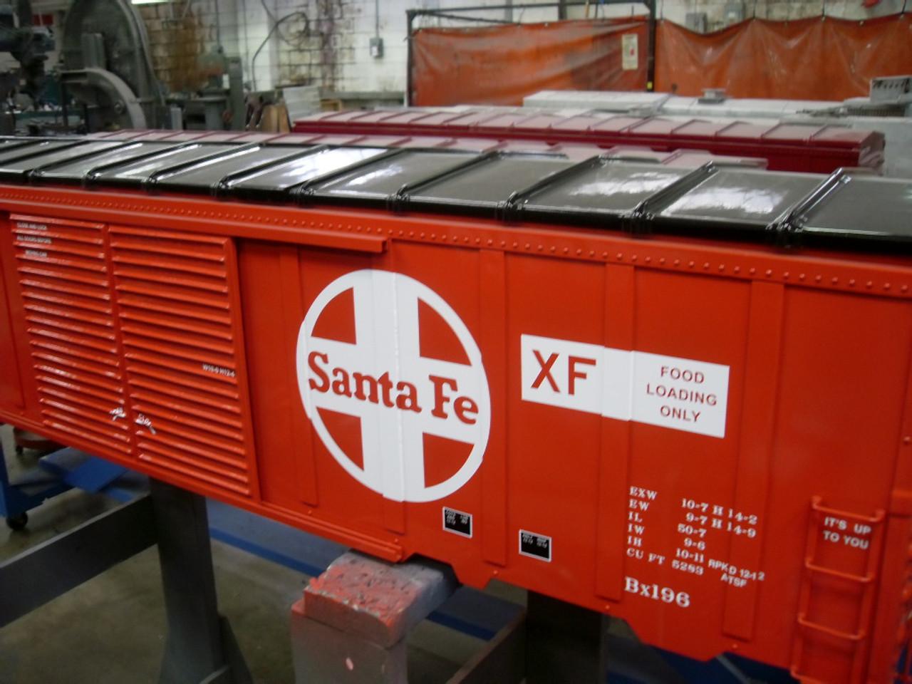 SANTA FE 50' Modern Box Car  READY TO SHIP