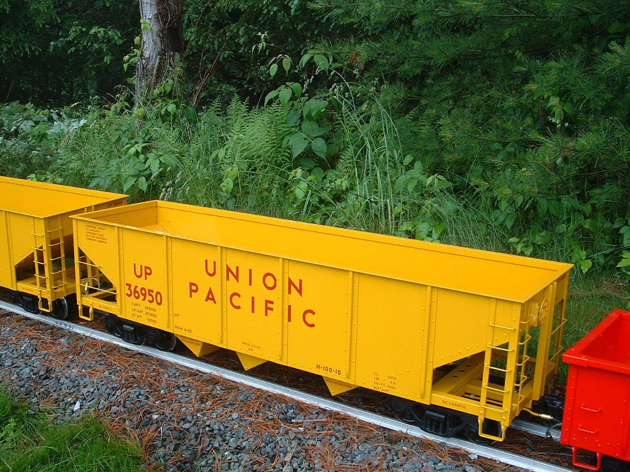 Hopper Car Body (Assembled)
