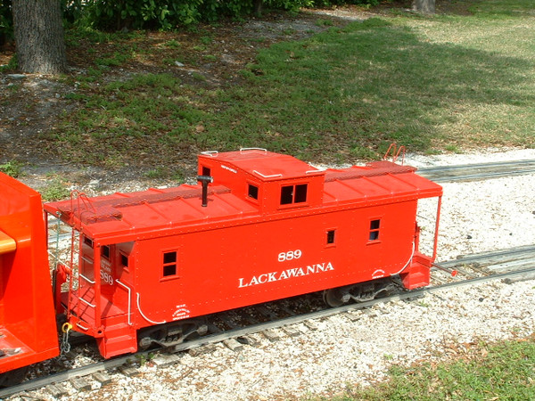 Center Cupola Caboose Body--unpainted--IN STOCK