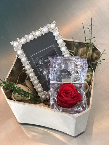 bridemaid gift box with red preserved rose and picture frame