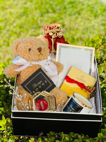 Gift Box with Chocolate and Boutique Rouge Candle