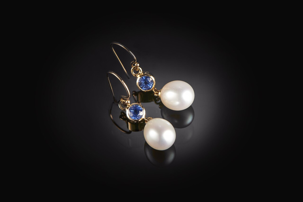 Freshwater pearl and sapphire drop earrings. 18ct gold.