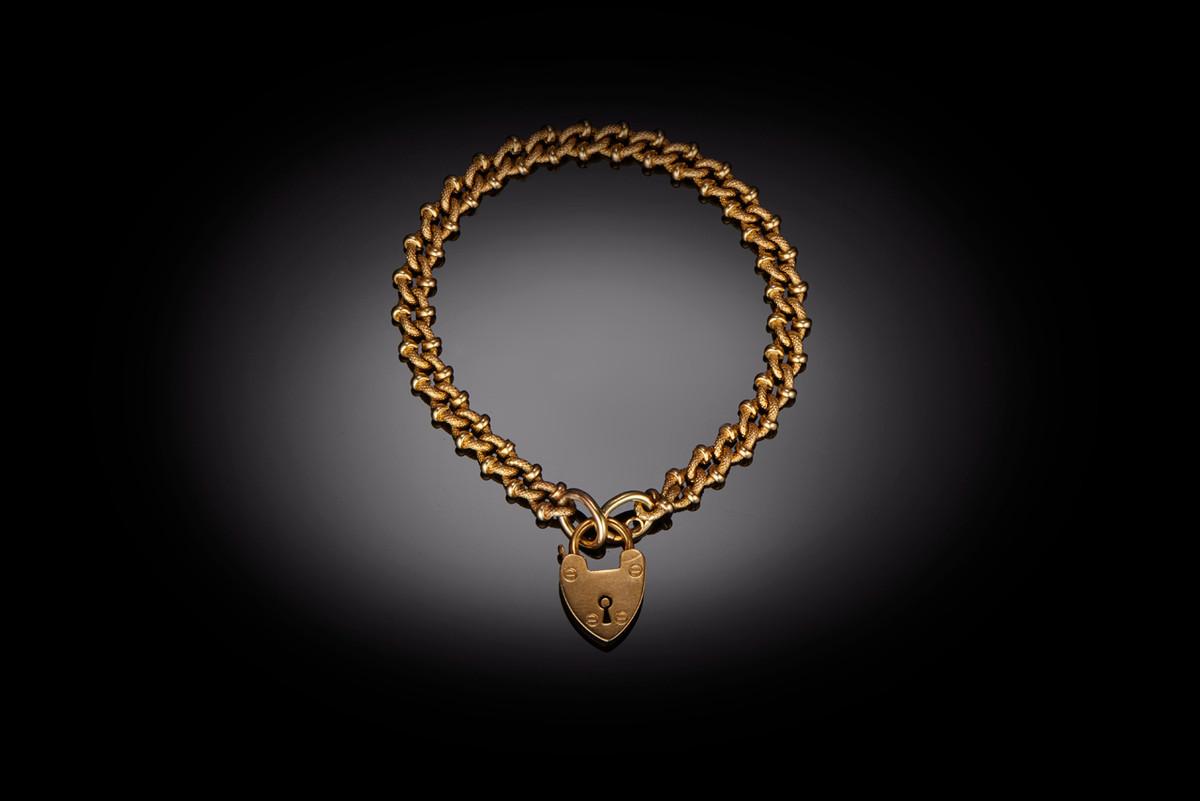 An Antique Fancy Gold Curb Link Bracelet