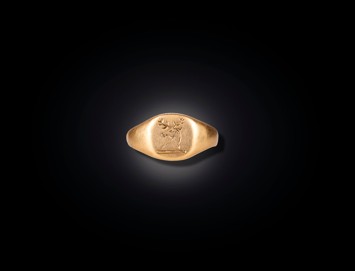 Classic Victorian Gold Signet Ring