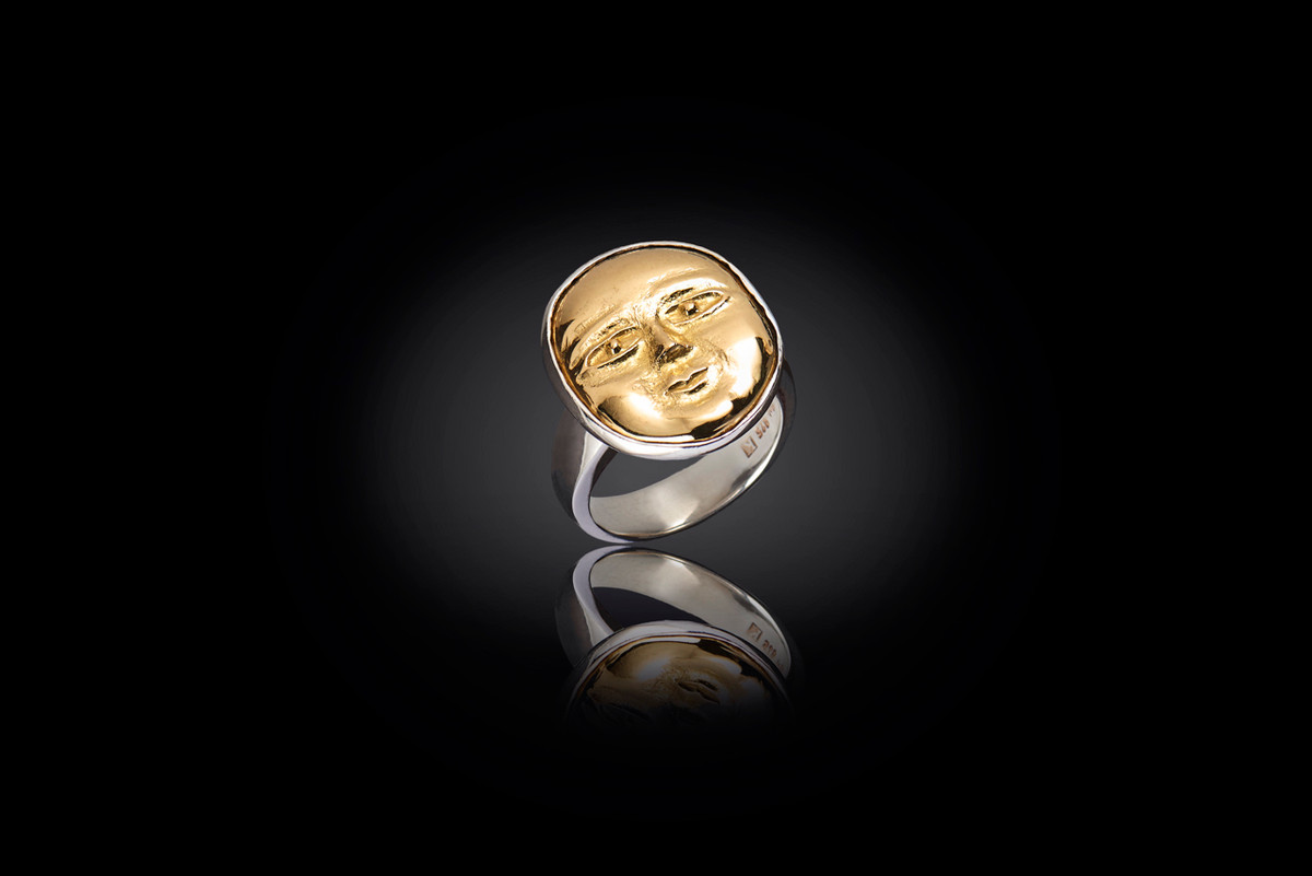 A Mirka by Kozminsky Ring in 18ct gold and silver