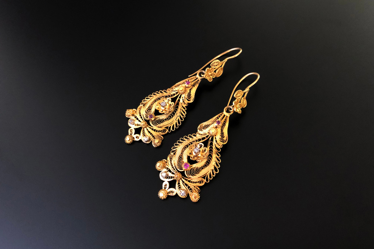 Pendoleque Diamond, Ruby and Gold Earrings 15ct yellow gold Total weight: 6.8gms Antique Circa 1870