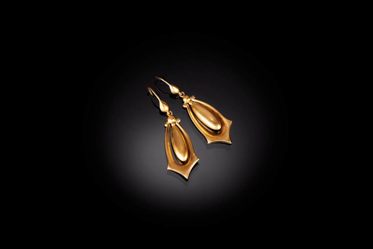 A Stylish Pair of Gold Earrings