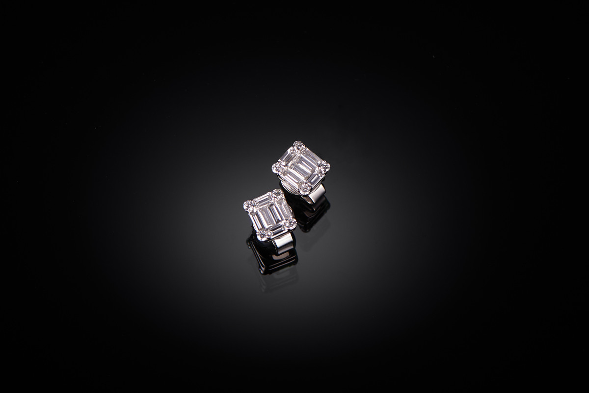 Baguette Diamond Cluster Stud Earrings in 18ct white gold