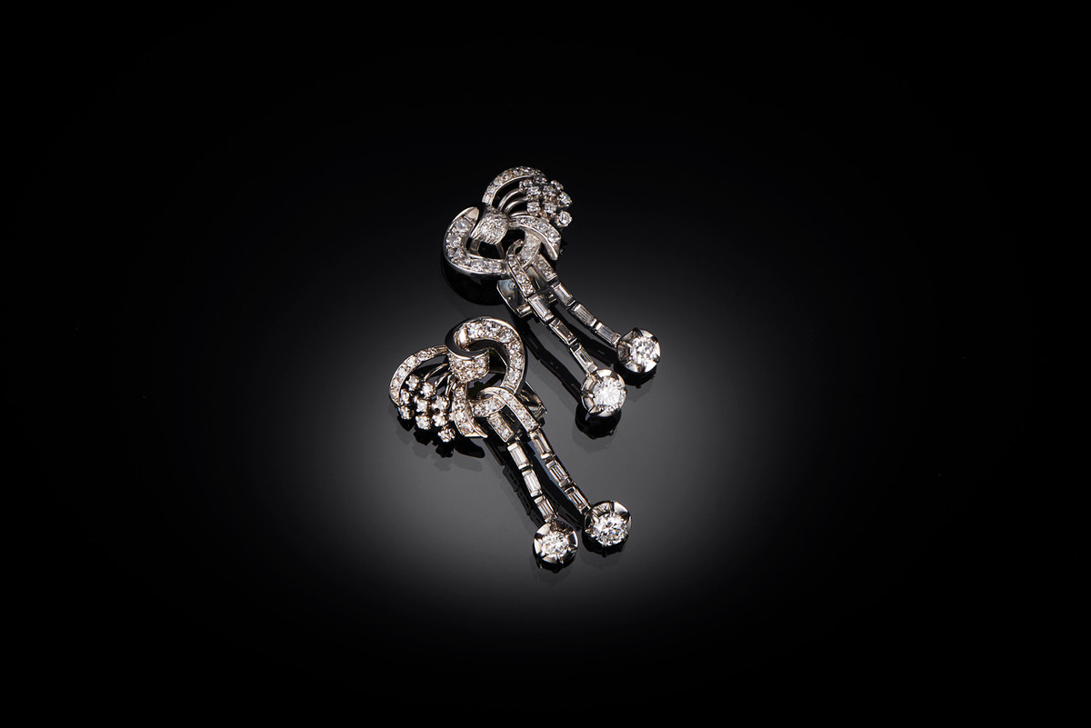 Retro diamond earrings