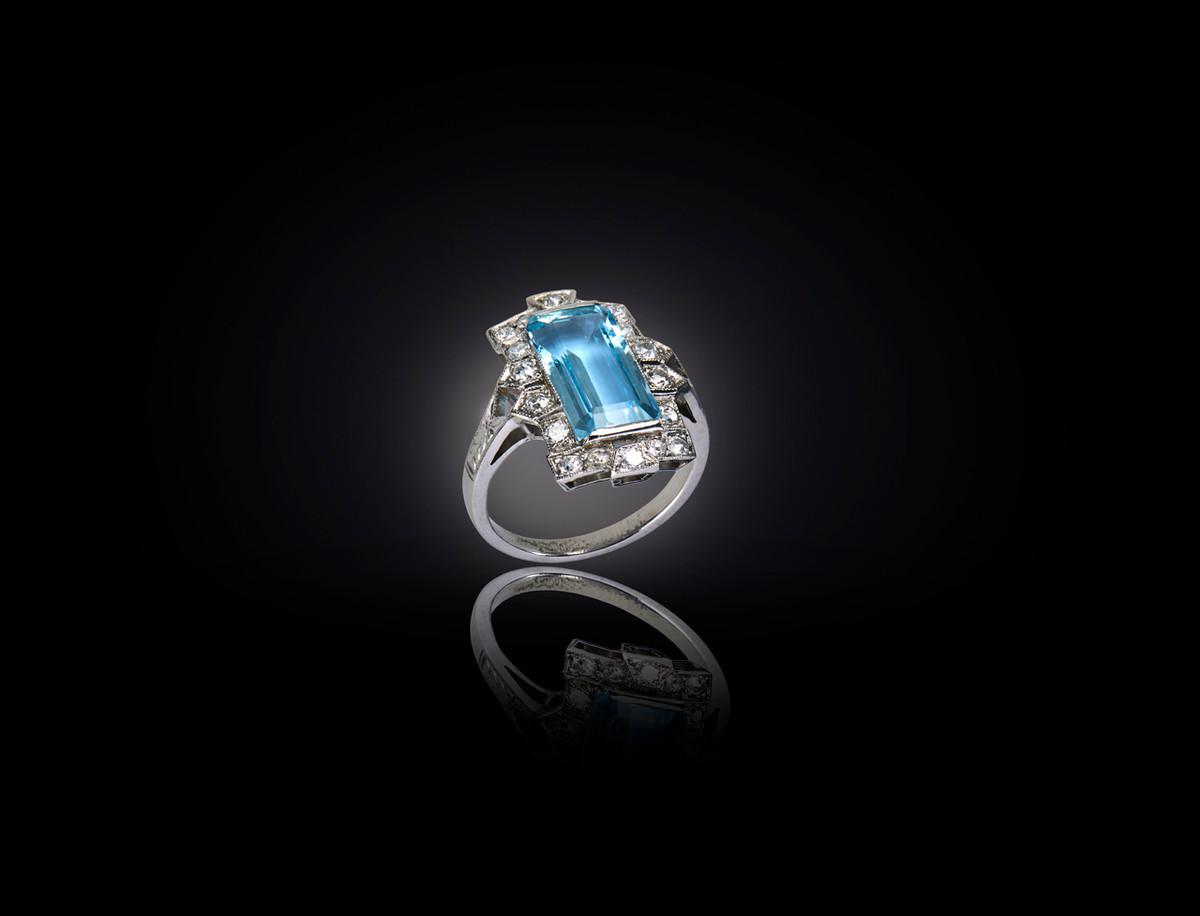 Art Deco Aquamarine and Diamond Plaque Ring