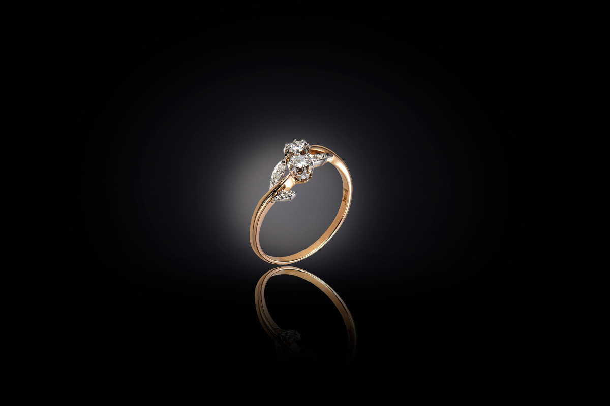 Edwardian diamond dress ring, floral design, 18ct gold.