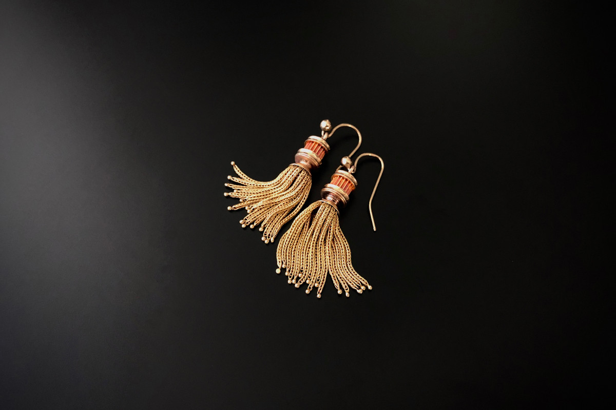 French fox tail link gold tassel earrings, 18ct. Antique