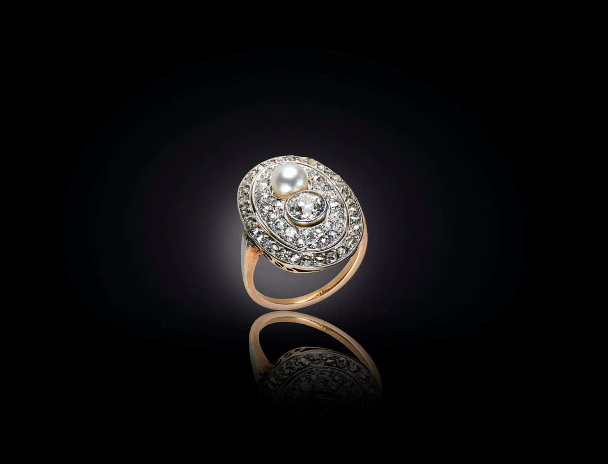 Diamond and Pearl Plaque Ring