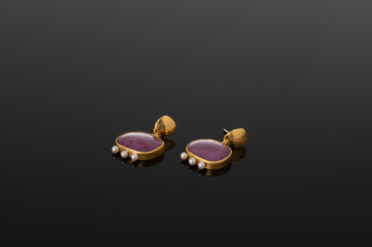 Ruby and Akoya Pearl Earrings by Lisa Black. 22ct gold.