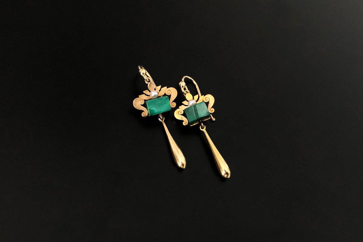 A Lovely Pair of Gold, Malachite and Pearl Pendant Earrings