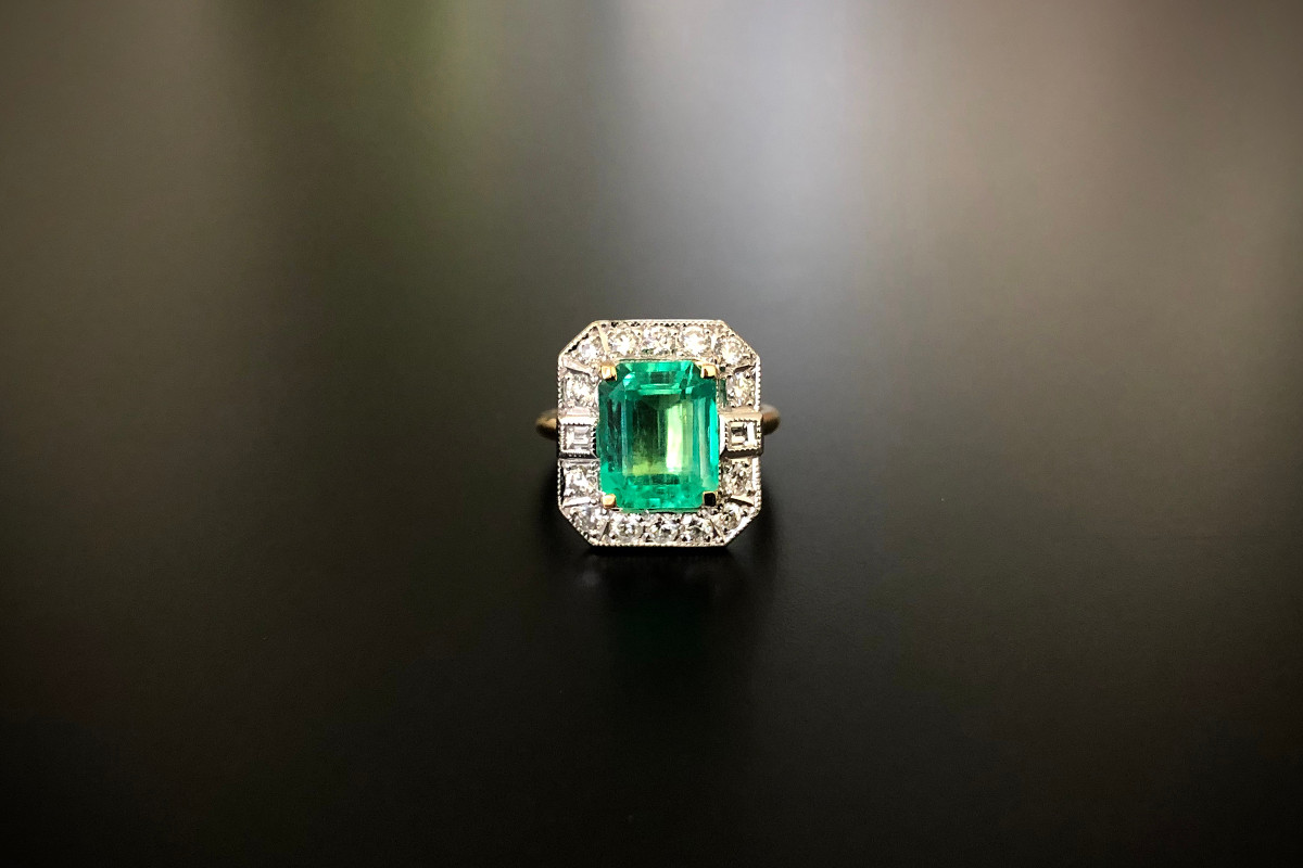An Amazing Emerald and Diamond Plaque Ring