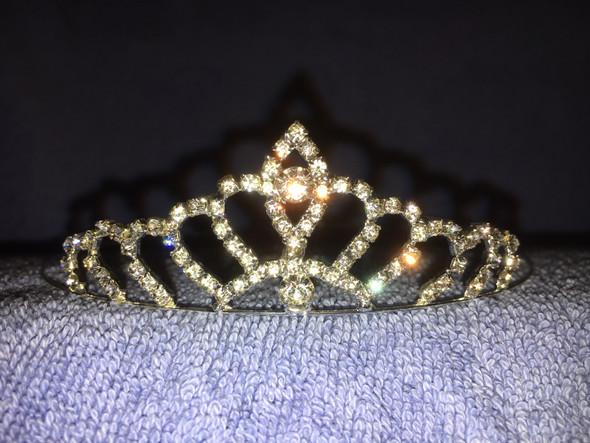 "1.250"" petite tiara with no side combs"