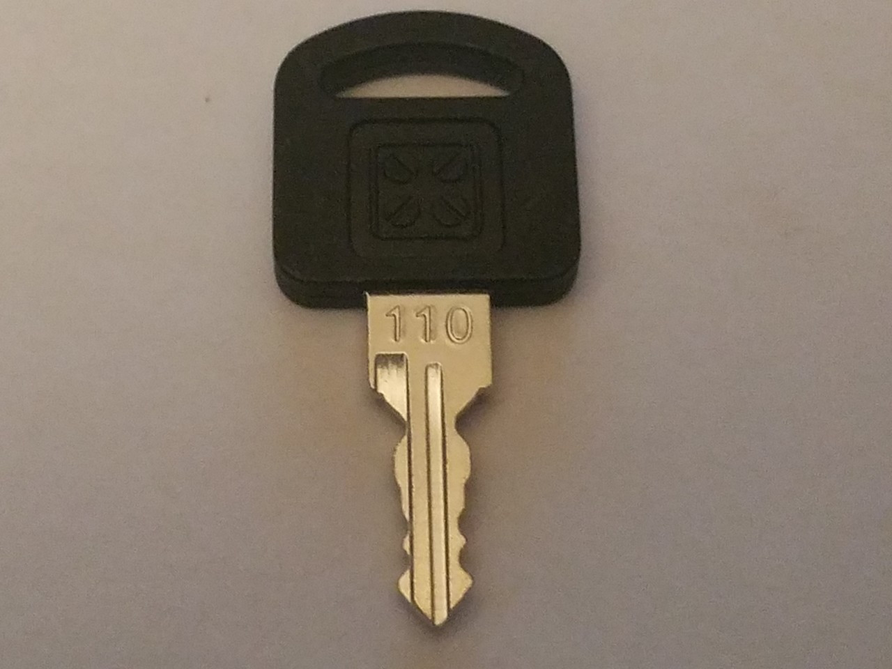 Armstrong K5-110 cut key