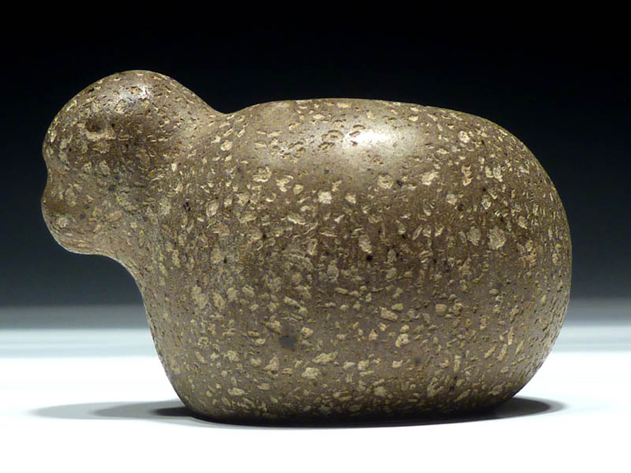 PC031 -  BEAUTIFUL PRE-COLUMBIAN BIRD EFFIGY STONE MACE HEAD FROM CENTRAL AMERICA MADE OUT OF UNUSUAL HARDSTONE