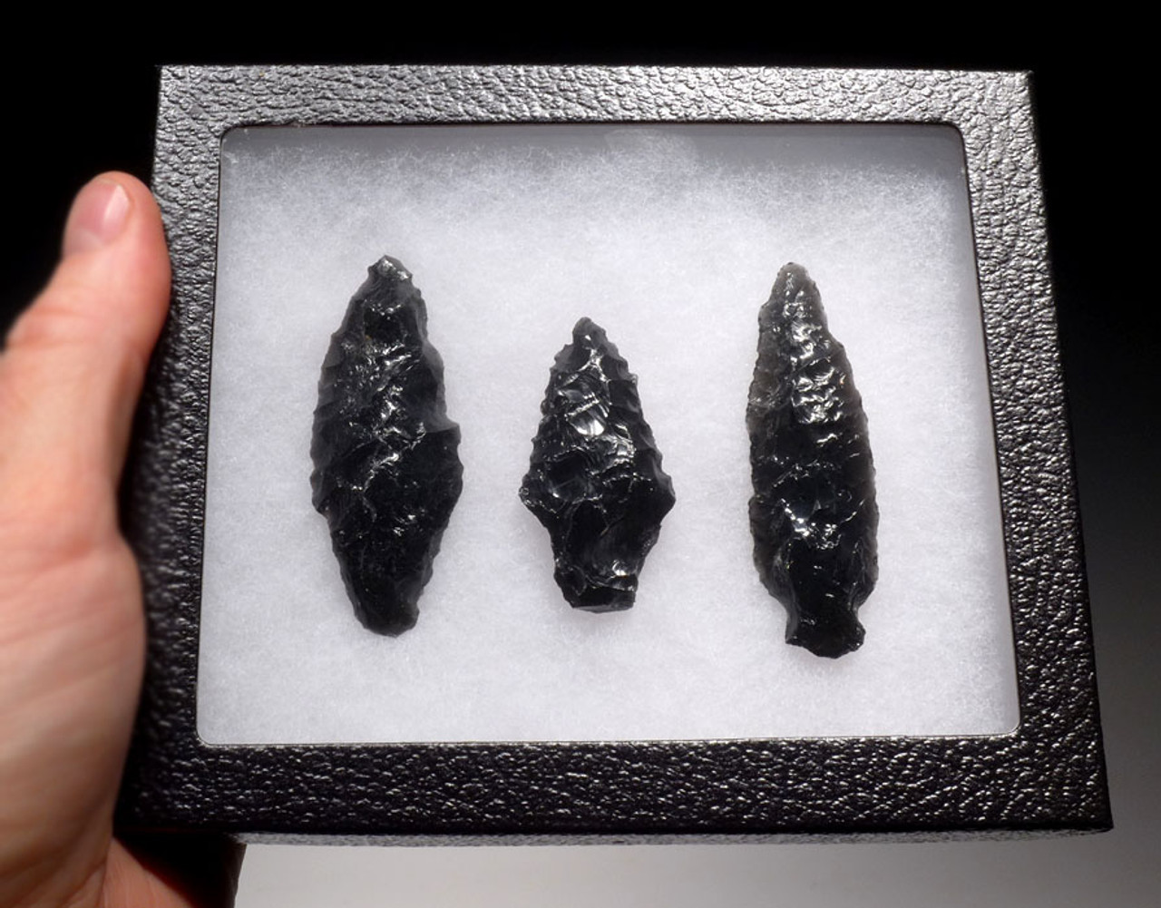 PC217 - CHOICE GRADE SET OF 3 LARGE ATLATL PRE-COLUMBIAN OBSIDIAN SPEARHEADS OF DIFFERENT DESIGNS