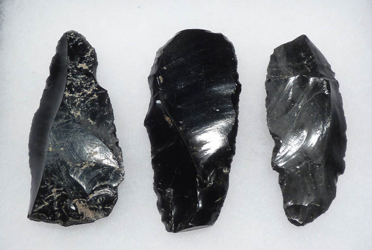 PC056 - SET OF THREE LARGE AZTEC OBSIDIAN FLAKE TOOL SCRAPERS