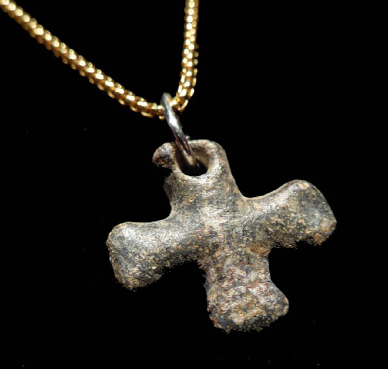 CJ016 - ANCIENT CHRISTIAN LEAD CROSS PENDANT FROM THE ROMAN BYZANTINE EMPIRE