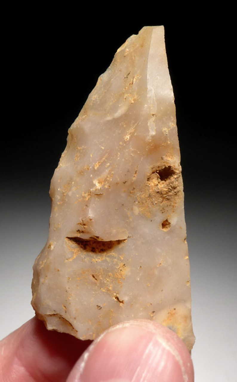 UP017 - CRO-MAGNON CHALCEDONY BACKED KNIFE FLAKE TOOL FROM FAMOUS UPPER PALEOLITHIC SITE IN FRANCE