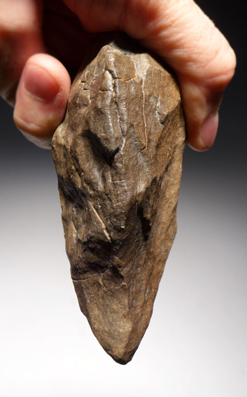 ACH235 - LOWER PALEOLITHIC ACHEULIAN HAND AXE WITH SHARP TIP