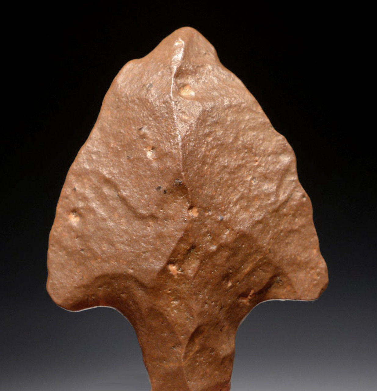 AT081 - EXTREMELY FINE SYMMETRICAL LARGE MIDDLE PALEOLITHIC ATERIAN TANGED POINT - OLDEST KNOWN ARROWHEAD